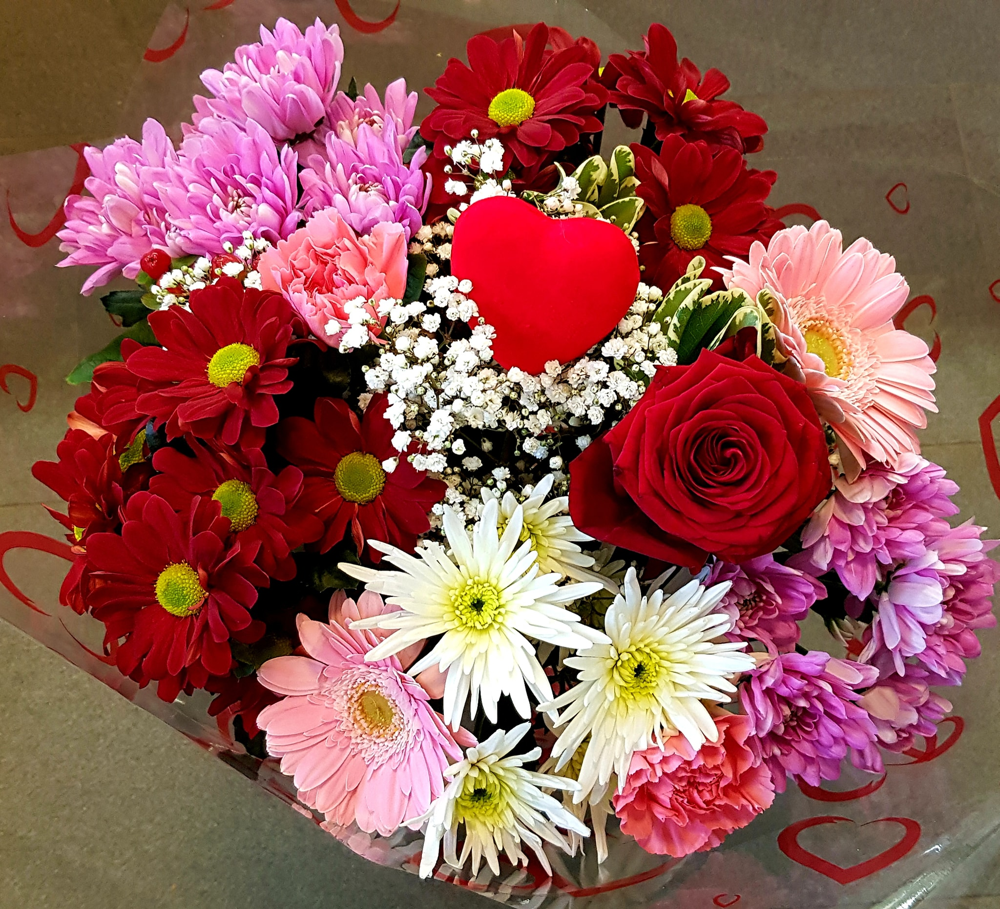 Valentines flower bouquet