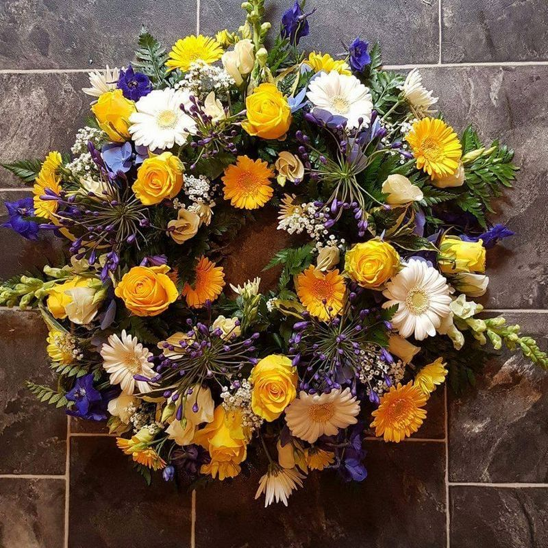 carlisle wreath flowers
